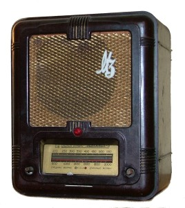 M rádió